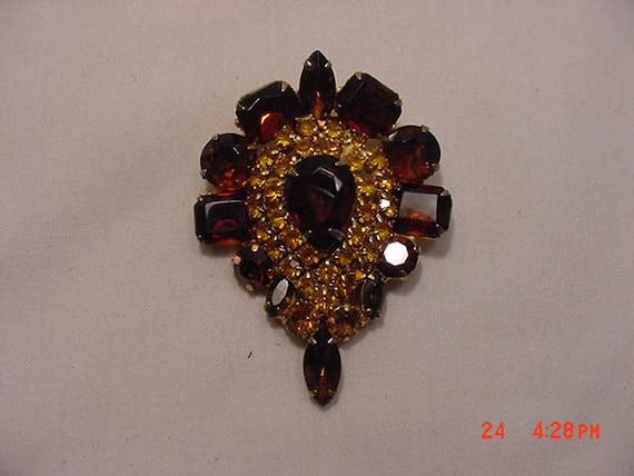 Vintage Amber /& Gold Rhinestone Tear Drop Brooch  17-1355
