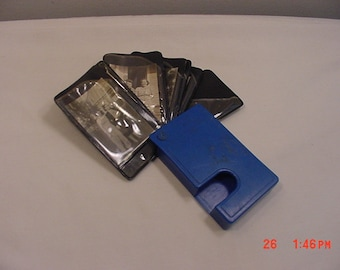 Vintage Blue Plastic Photograph Holder With Old B & W Photographs 18 - 791