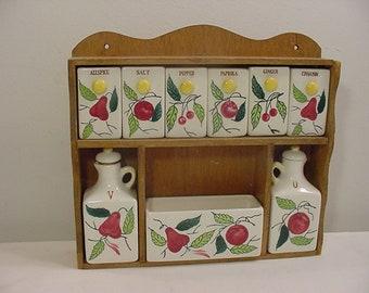 Vintage Spice Set & Vinegar And Oil Cruets in Wood Rack  21 - 34