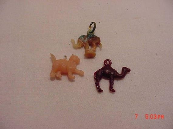 Cracker jack prizes toys