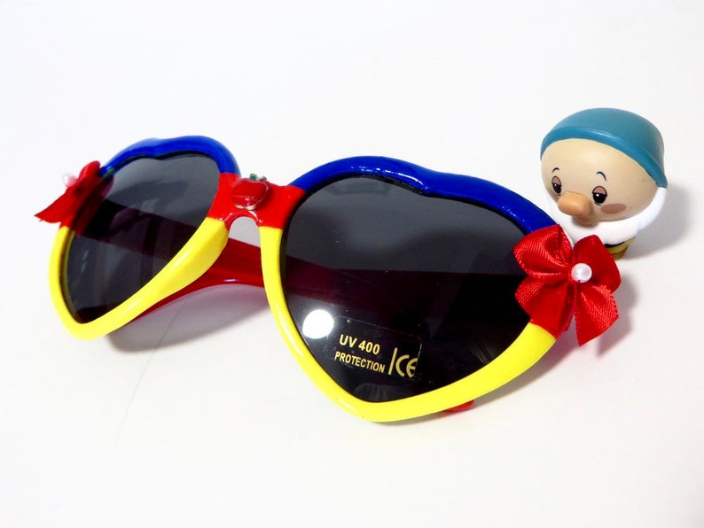 474c1cfe498ad Snow White Inspired Red Blue and Yellow Heart Shaped