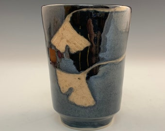 Crystal Black Yunomi With Five Ginkgo Leaves