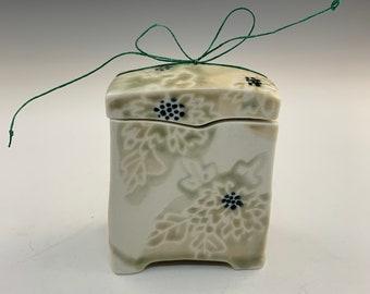 Handmade Japanese Wishbox With Dahlias