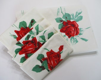 Vintage Tablecloth and Napkin Set-Wilendur-Red Roses-Wheat & Roses