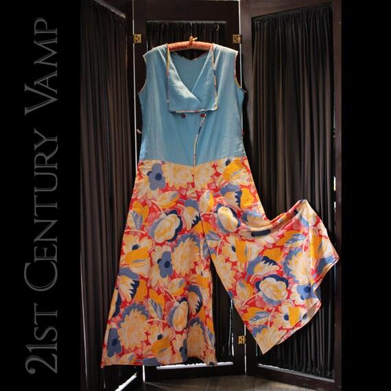 RARE 1930s Beach Pyjamas Jumpsuit. Fantastic Art D