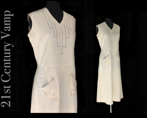 Late 1920s Vintage Sports Dress with Art Deco Deta