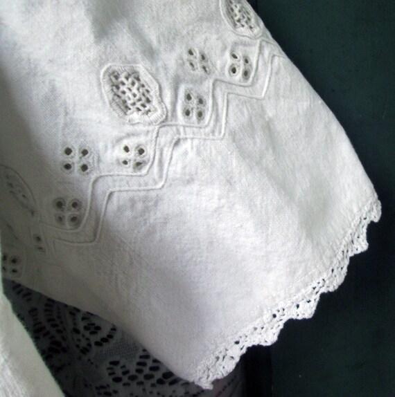 ON SALE Antique Linen Romanian Dress//Peasant//Ha… - image 8