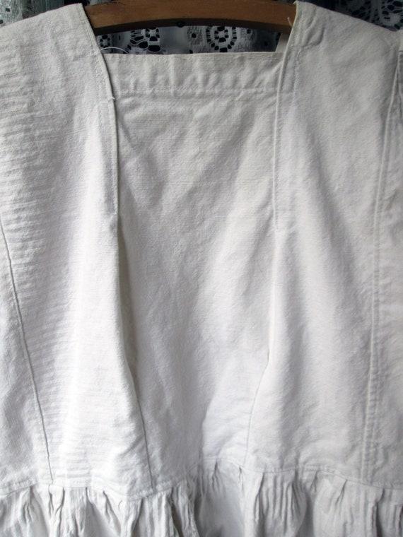 ON SALE Antique Linen Romanian Dress//Peasant//Ha… - image 9