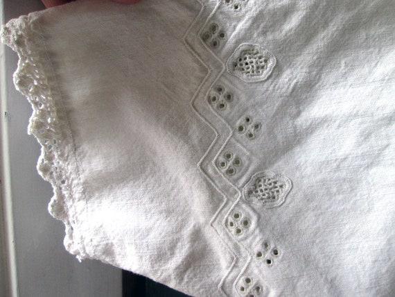ON SALE Antique Linen Romanian Dress//Peasant//Ha… - image 5