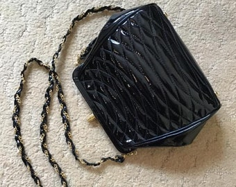 Vintage 1970 s 1980 s Purse Shoulder Bag  GIORGIO Beverly Hills  Dark Black  Shiny Quilted Patent-Like Style Removable Key Chain 4da7e0e876