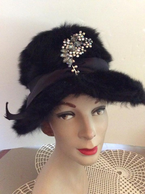 Vintage 1950s Hat Black Faux Fur Bucket Style Grey