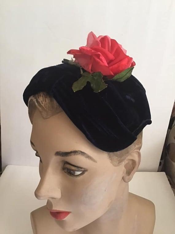 Vintage 1950's Hat Deep Dark Blue Velvet With Dark