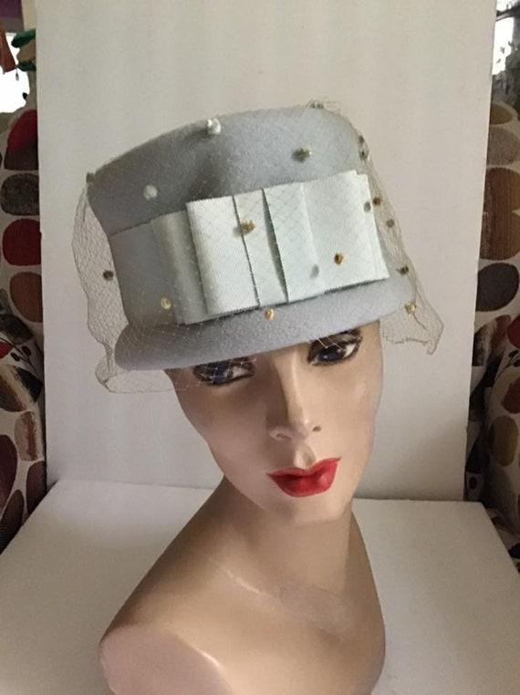 Vintage 1950's 1960's Hat Small Bucket Style Pillb