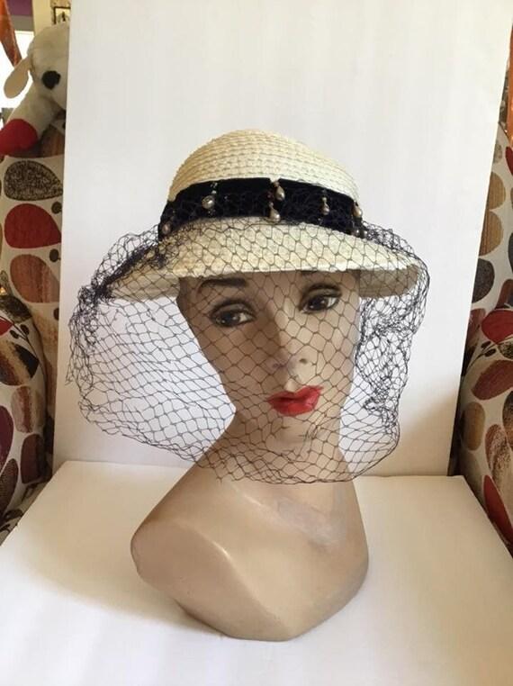 Vintage 1950's Hat Ladies Straw Hat Off White W/Da