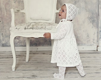 Baby girl Baptism outfit Vintage look Knit Baby girl Snow white Dress Flower girl First birthdays dress Baby coming home outfit