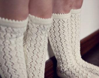 BOOT SOCKS Wool socks Lace socks KNIT knee high socks leg warmers off white
