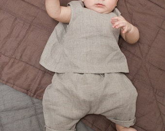 Baby clothes Baptism outfit Linen clothing natural gray linen outfit Linen Harem pants and top Beach wedding Baby outfit Baby linen pants