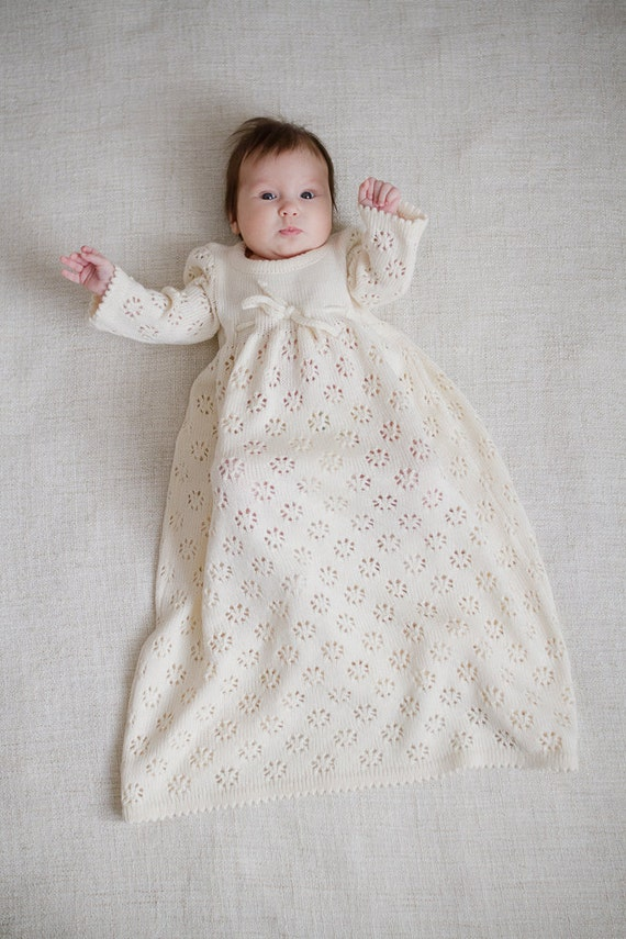 Robe De Bapteme Tricot Bebe Fille Longue Robe Blanche Fleur Etsy