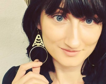 Modern metal chandelier earrings, large brass hoop earrings, modern thin brass hoop earrings, wire hoop earrings