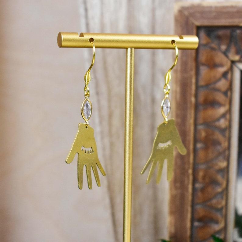 EPJ-E21B25 Gold Brass Celestial Chandelier Earrings Sleepy Hand Dangle Earrings Brass Crescent Moon Drop Earrings