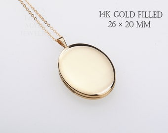 picture locket Includes New GF Chain Vintage Gold Filled Locket Condition GREAT FREE Shipping Med Size Oval minimal design