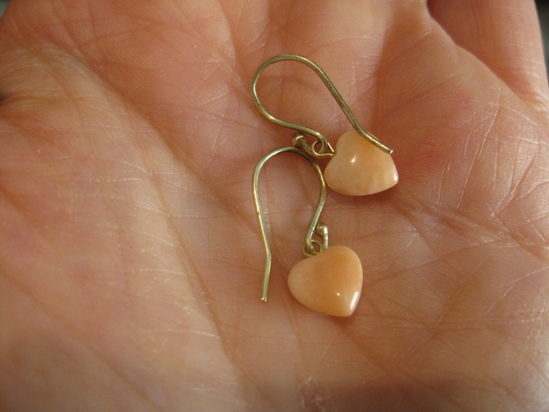 Vintage Peach Coral Hearts Solid 14k Yellow Gold Earrings