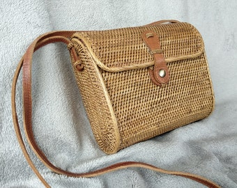 0fb3b85d9657 SALE Big Envelope Rattan Bag