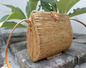 SALE 20cm Clams Rattan Bag 6a4619c5d8f58