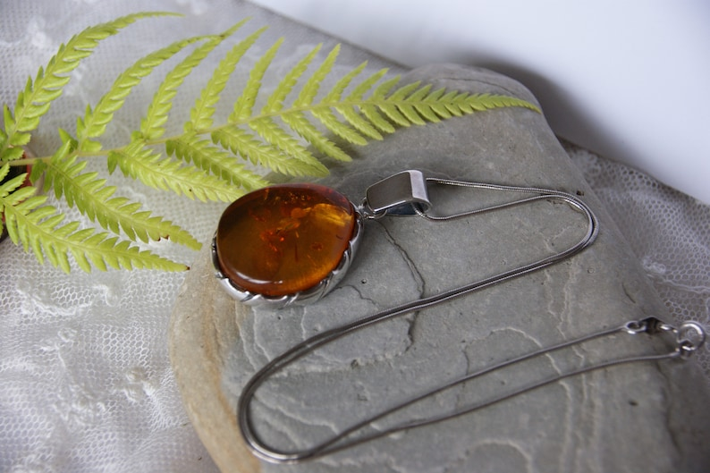 Large Necklace Sterling Silver /& Amber Pendant and Chain