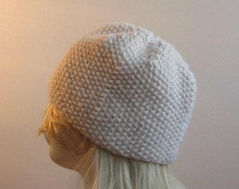 seamless handmade white handmade alpaca women hat 50197f9979ff