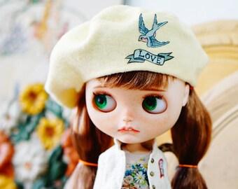 Sugarbabylove -Ivory beret for Blythe