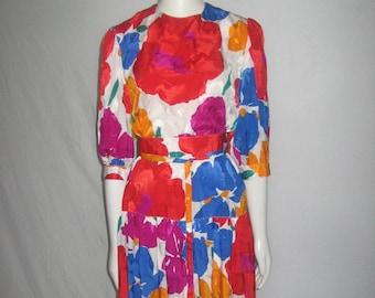 VTG Hildebrand Made England Polyester Vibrant Multicolor Big Floral Print Drop Waist Jewel Neck Puff Sleeve Buttoned Keyhole Dress w/ Belt