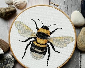 Bee Cross Stitch Pattern PDF - Modern Cross Stitch Sampler - Instant Download Digital Pattern