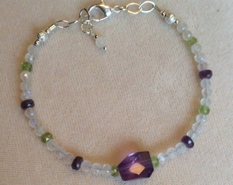 Amethyst, moonstone and peridot bracelet with .925 silver