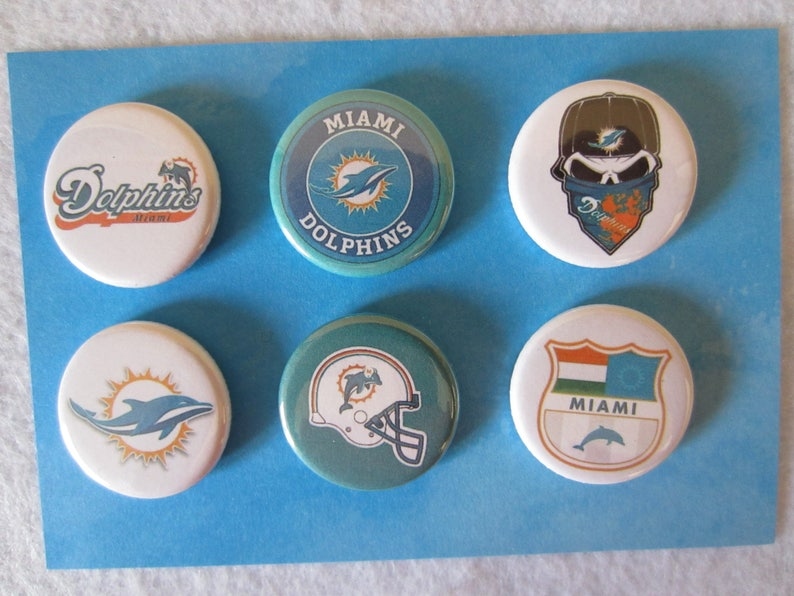 Football Pin Back Buttons, Sports Buttons, Pin Back Buttons, Pins, Novelty  Pins, Novelty Magnets, Magnets