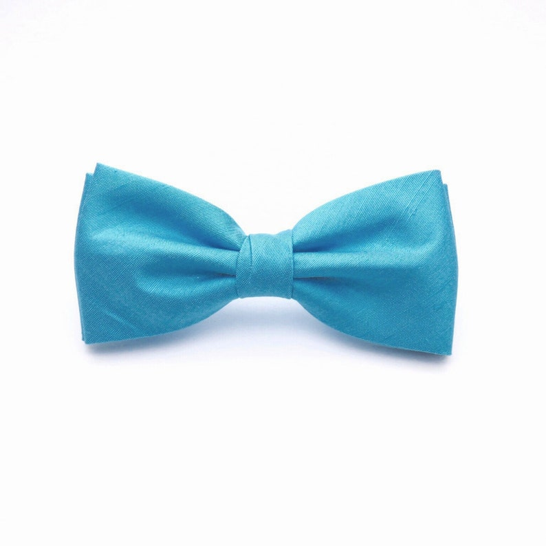 3f858f2d3a57 Plain Light Blue Bow tie Silk Bow tie Blue Mens Bow tie Bow   Etsy