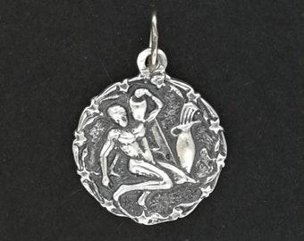Zodiac Medallion Aquarius in Sterling Silver