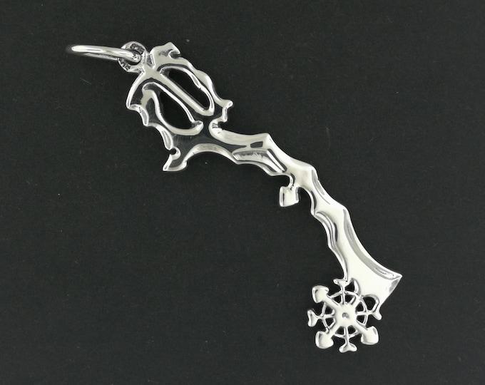 Kingdom Hearts Diamond Dust Keyblade Pendant in Sterling Silver