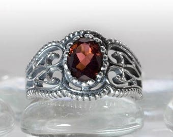 Vintage Style Filigree Ring with Gemstone in Sterling Silver