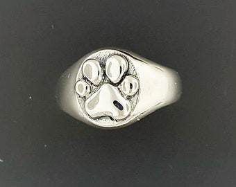 Paw Print Signet Ring in Sterling Silver