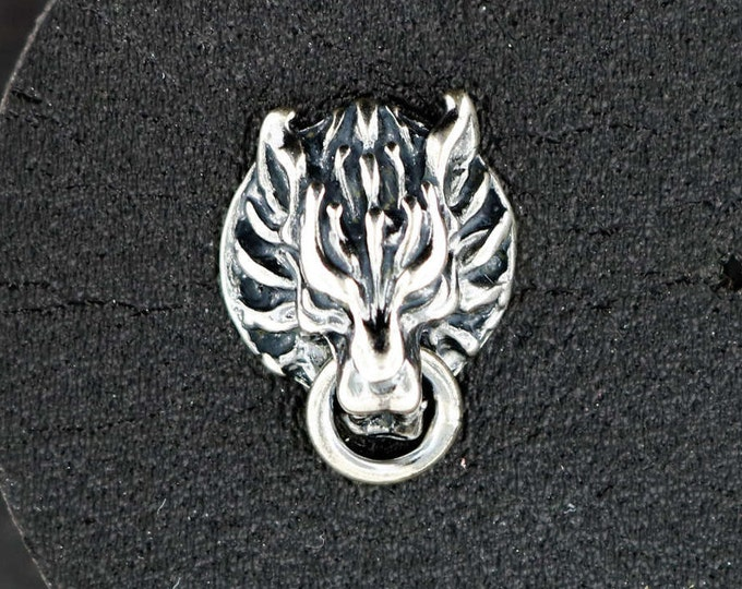 Single Cloud Strife Wolf Stud Earring from Final Fantasy 7 in Sterling Silver