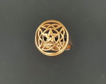 Knotwork Pentacle Ring in Antique Bronze