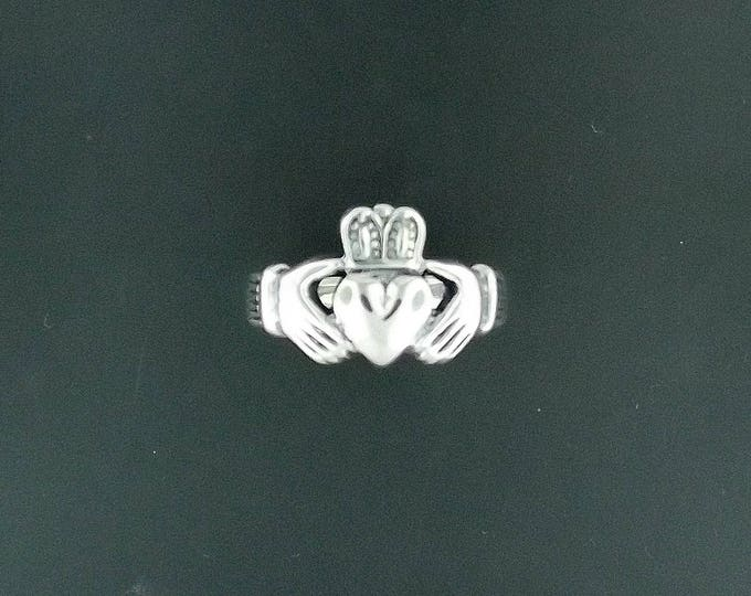Mens Thick Sterling Silver Claddagh Ring