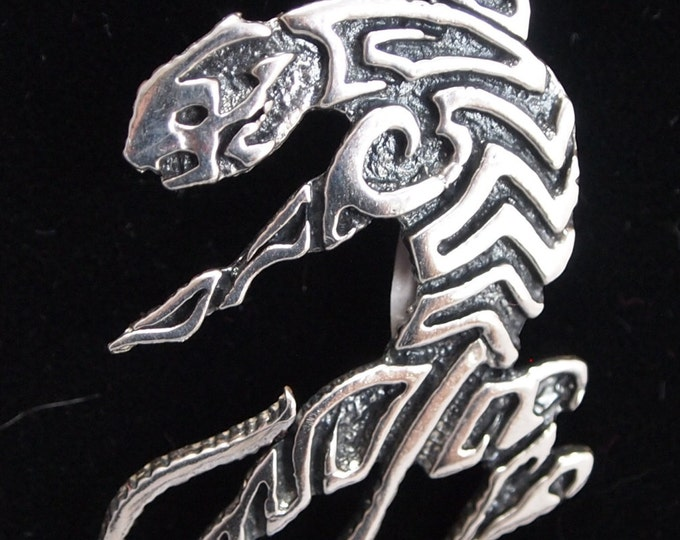 Tribal Style Tiger Pendant in Sterling Silver