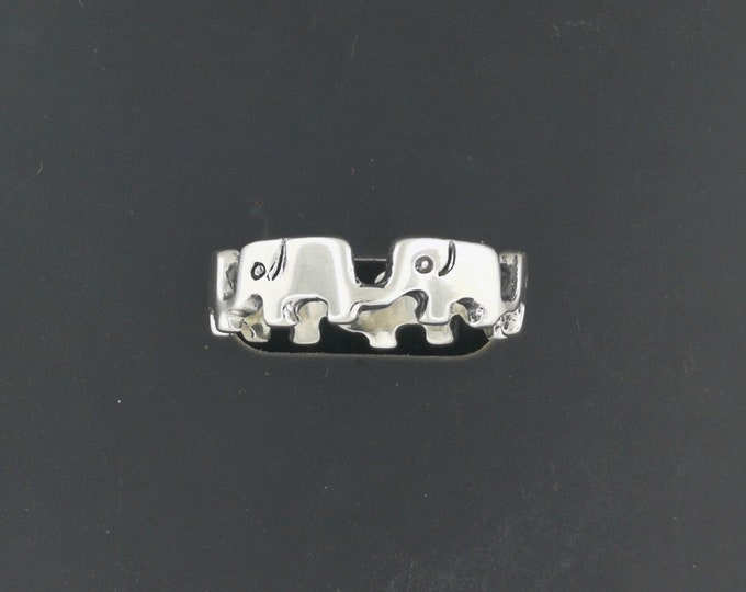 Parading Elephant Ring in Sterling Silver