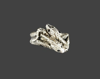 Vintage Style Twin Snakes Ring in Sterling Silver