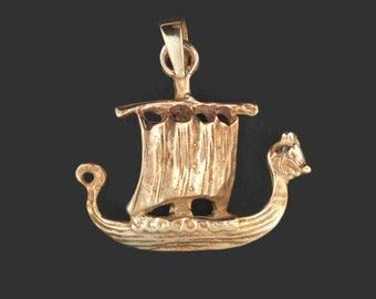 Small Viking Ship Pendant in Antique Bronze
