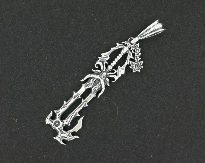 No Name Keyblade Pendant in Sterling Silver