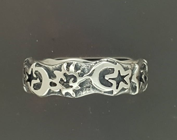 Sun, Moon, & Star Band in Sterling Silver