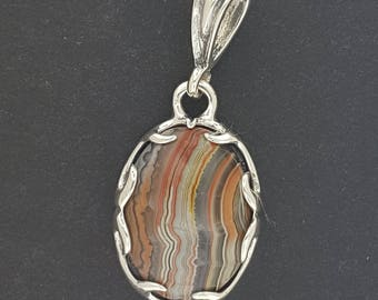 Pronged Bezel Pendant in Sterling Silver with Crazy Lace Agate